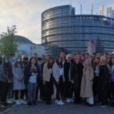 Desteptarea.ro – Tineri băcăuani la EYE 2021 – Cluburile HoltIS